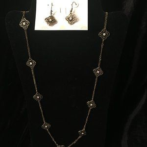 Necklace and Earring Set by Premier Designs